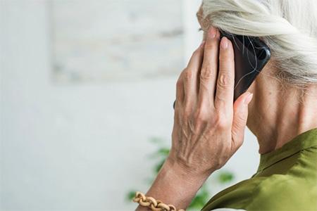 Legjobb mobiltelefonok időseknek - Velemeny + Teszt
